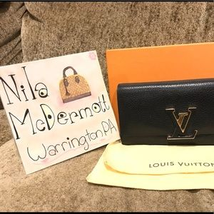 Louis Vuitton Beautiful Capucine Wallet